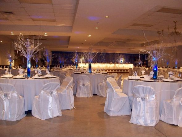 silver-branch-crystal-centerpieces-2